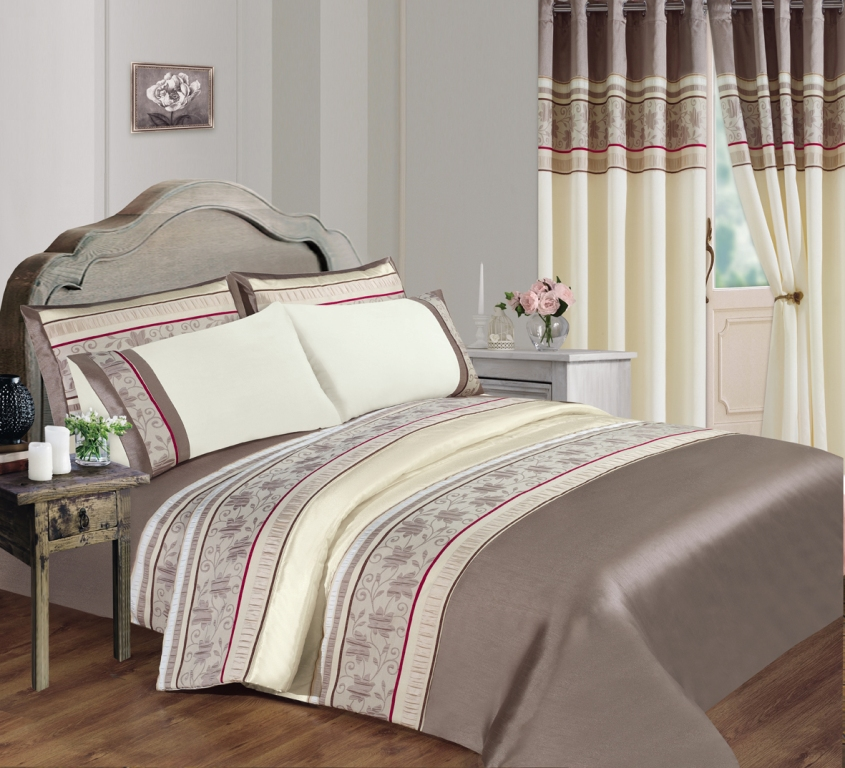 Macy Bedspread Set From Century Textiles